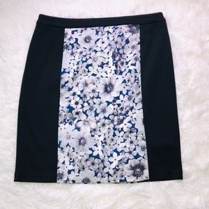 Laundry by Shelli Segal Black And Floral Skirt